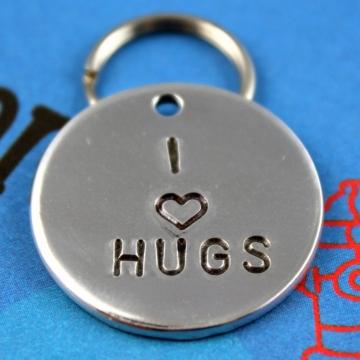 Cute Dog Tag - I Heart Hugs