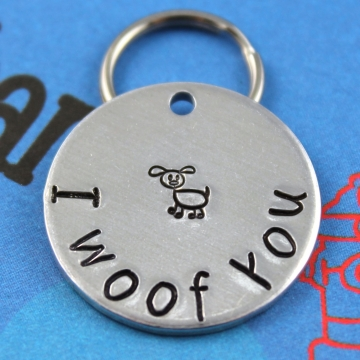 Personalized Cute Dog Name Tag - Fun font - I Woof You